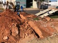 Prefeitura de Adamantina executa obra secundária no Parque dos Pioneiros